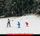 Poiana Brasov monitor de snowboard si schi